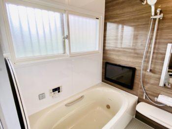 トイレ、洗面、浴室リフォーム! ゆったりお風呂で快適です。